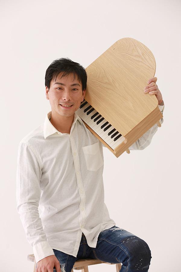 青山 正憲(ピアノ)